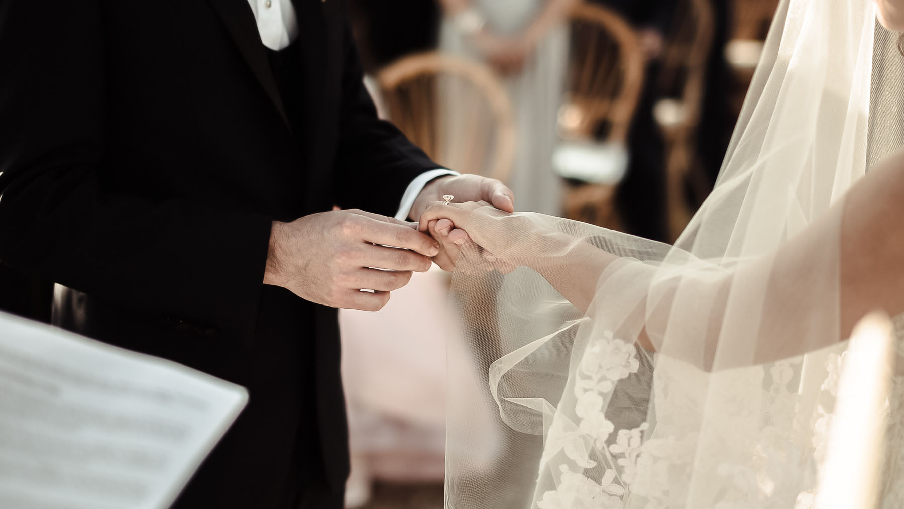 Professional wedding celebrant in Italy - Services